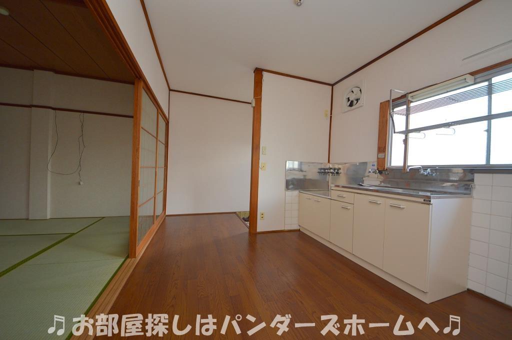 室内写真は同マンションの別部屋タイプです。