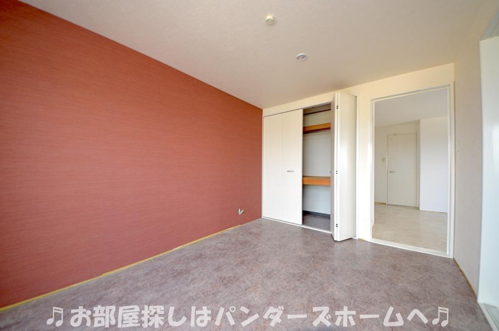 お部屋により色目等異なる場合があります。