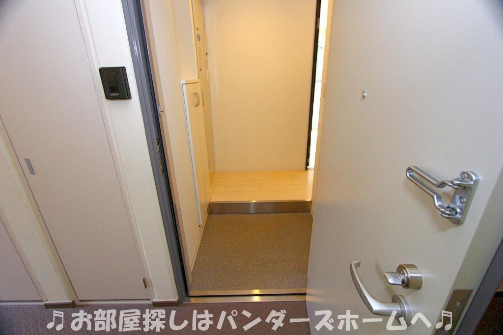 同マンション別部屋写真